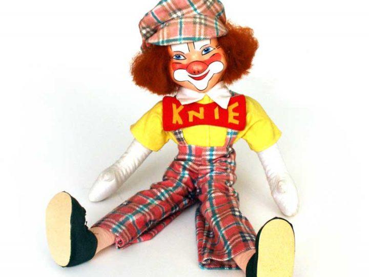 Puppe // Knie